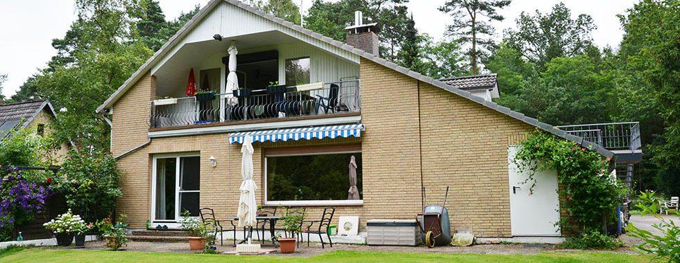 Zweifamilienhaus mit Vollkeller und großem Garten in Maschen-Heide
