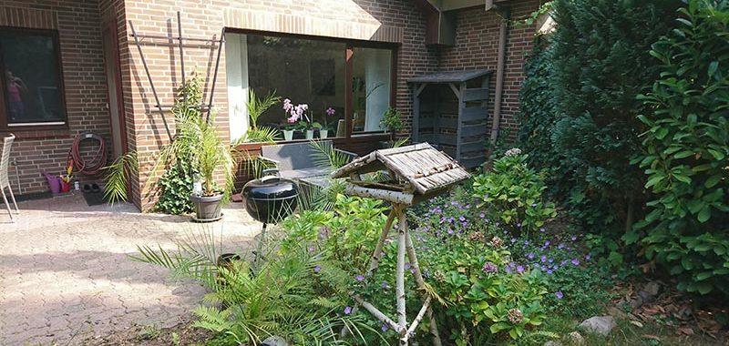 Vermietet: Sanierte und ruhige 3 Zi.-Terrassen-Whg. mit EBK, Duschbad, Garten und Kamin