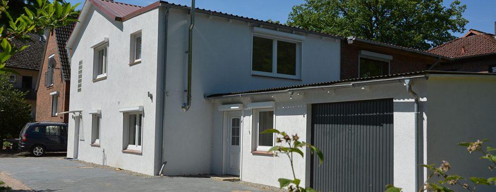 Verkauft: Gebäudeensemble mit bis zu 3 WE in ruhiger Lage von Hittfeld mit Blick ins Grüne